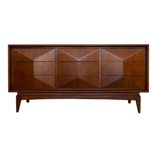 Mid-Century Modern Diamond Dresser by United Furniture For Sale
