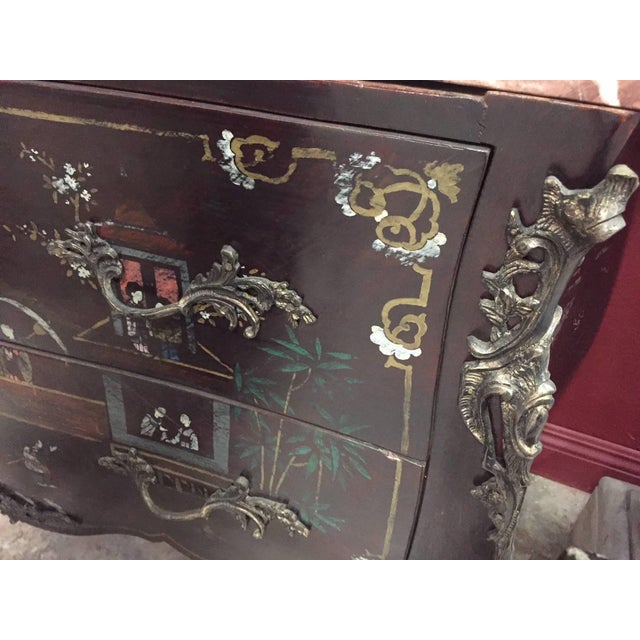 Pair of Louis XV Style Chinoiserie Marble-Topped Commodes For Sale In Los Angeles - Image 6 of 13