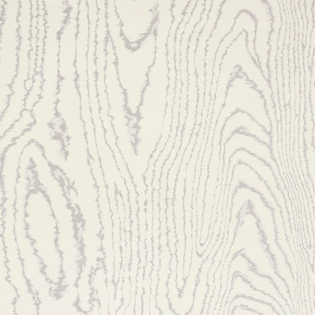 Boho Chic Sample - Schumacher Faux Bois Wallpaper in Silver Moon For Sale - Image 3 of 3