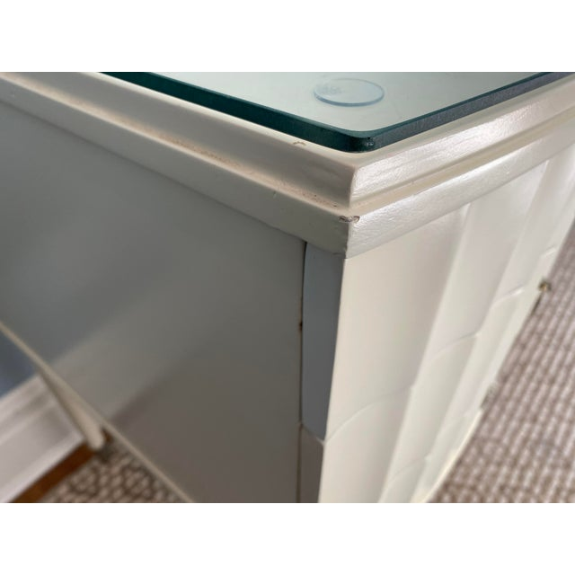 White Lacquer Barbara Barry Ladies Desk For Sale - Image 9 of 13
