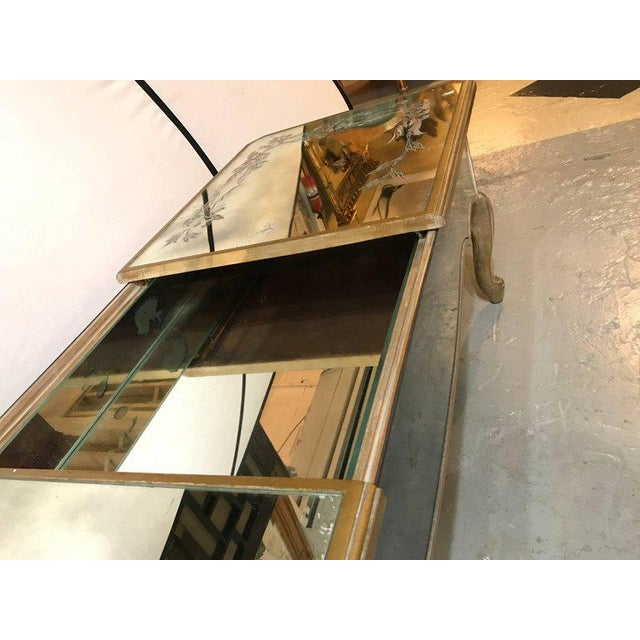 1940s Hollywood Regency Italian Paint Decorated Sliding Mirror Top Coffee Low Table For Sale - Image 5 of 11