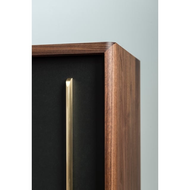 Gatsby Credenza in Walnut For Sale In New York - Image 6 of 7