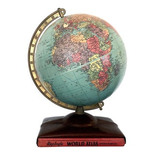 Vintage 1940s World Globe With World Atlas For Sale