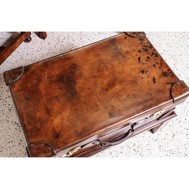 English Traditional Leather trunk on stand For Sale - Image 3 of 11
