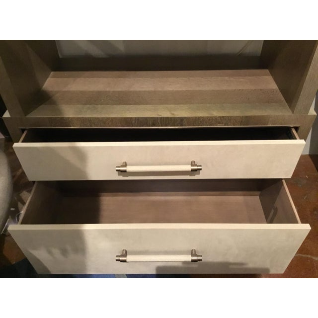 Modern Henredon East End Gray and Taupe Etagere For Sale In Atlanta - Image 6 of 9