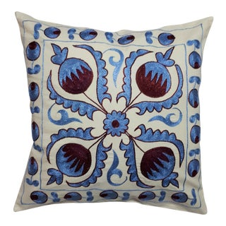 Blue Red Pomegranate Design Crochet Cushion Cover For Sale