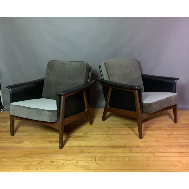Pair Danish Design Black Naugahyde Wrapped Lounge Chairs For Sale - Image 13 of 13