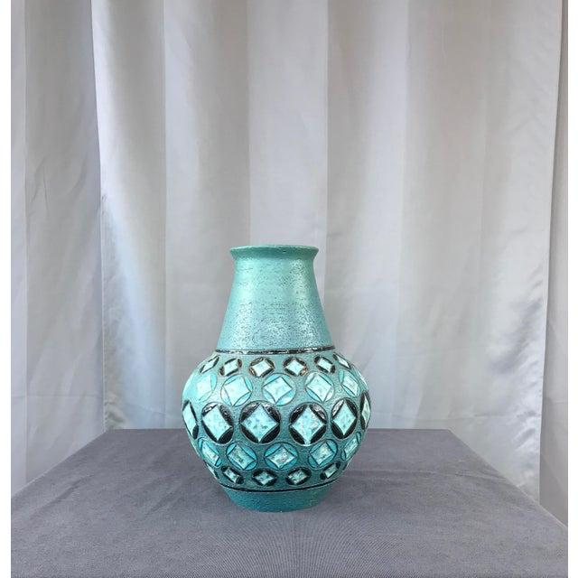 A monumental Aldo Londi vase for Bitossi. Circa 1950s Italy,