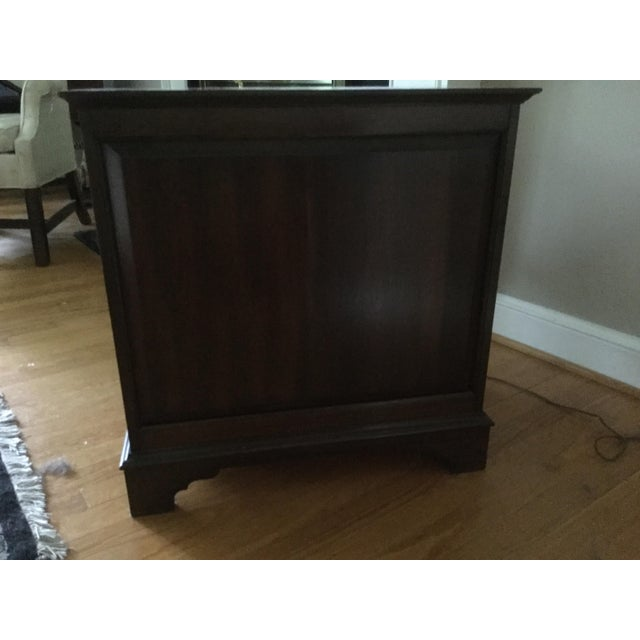 English Traditional Pennsylvania House Small Chest For Sale - Image 3 of 5