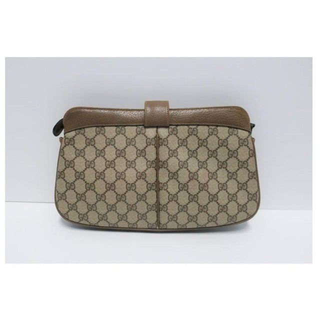Modern Gucci Bag Clutch For Sale - Image 3 of 11