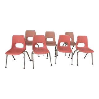 Vintage Mid Century Fiberglass Chairs- Set of 7 For Sale