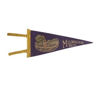 Vintage Milwaukee Wis. Felt Flag Pennant For Sale