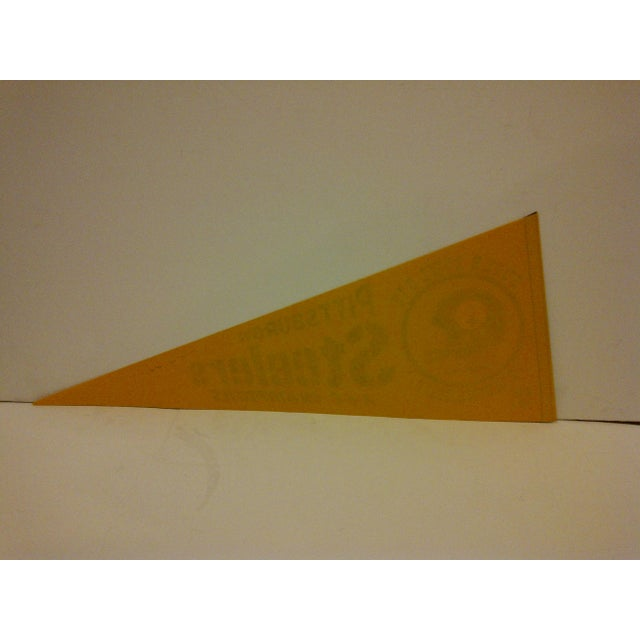 1980s Vintage NFL Pittsburgh Steelers Pennant Flag For Sale - Image 5 of 5