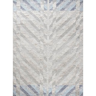 Schumacher Narvaro Area Rug in Hand-Woven Wool, Patterson Flynn Martin For Sale