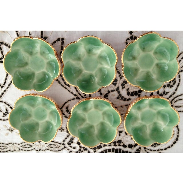 1940s Art Nouveau Aleluia Aveiro Portugal 8-Piece Coral Faience Table Set For Sale - Image 9 of 13
