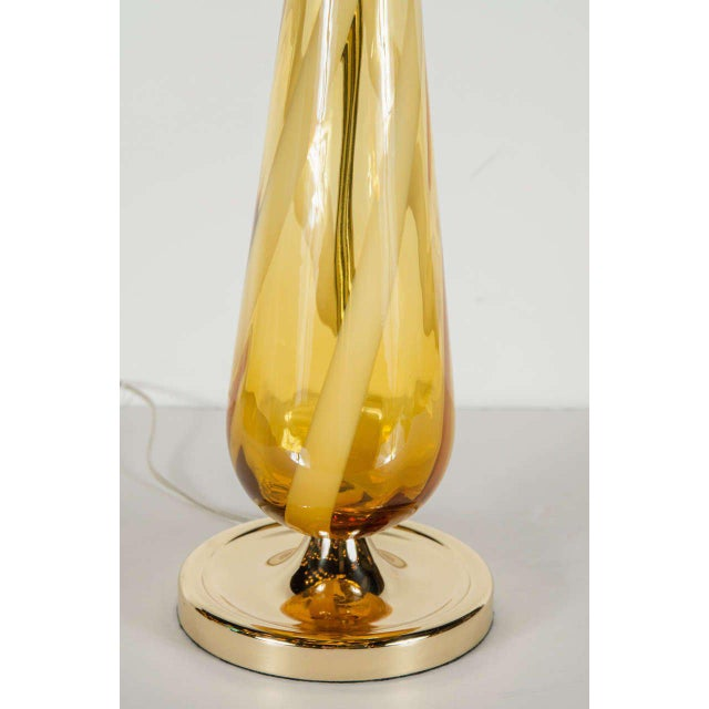 Mid-Century Modern Sophisticated Mid-Century Modern Murano Glass Teardrop Amber Table Lamp For Sale - Image 3 of 6