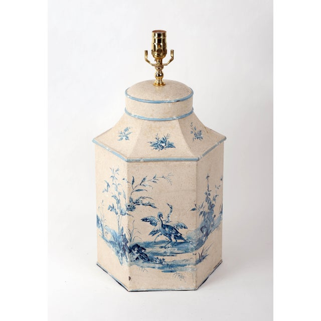 Vintage Hand-painted Blue/White French Chinoiserie on British export Tea Caddy Table Lamp