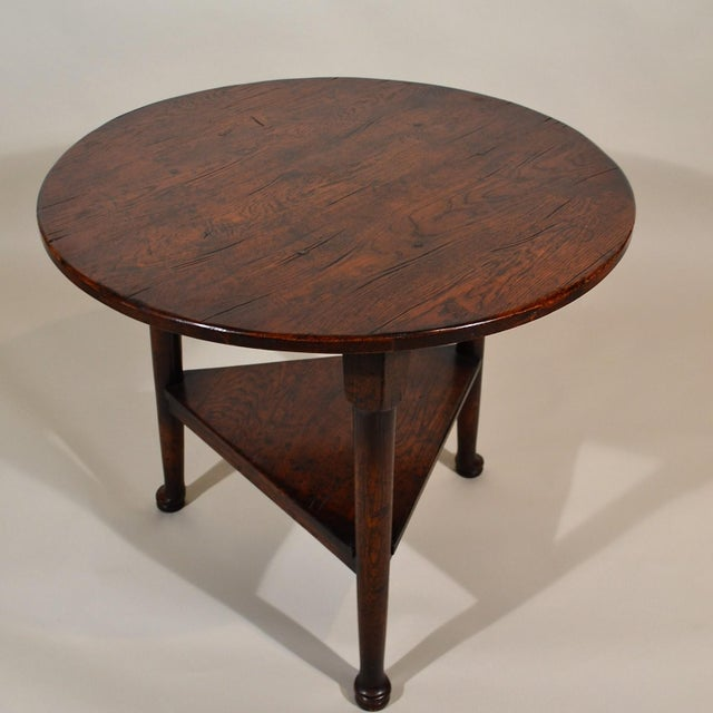 Wonderful reproduction of an old favorite. Made from vintage oak, 20th century manufacture.