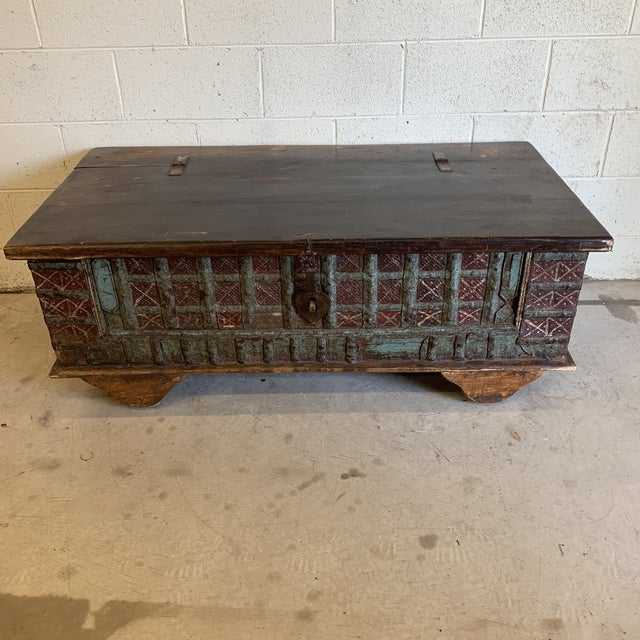 Jodang Strapped Metal Wedding Chest Trunk For Sale - Image 13 of 13