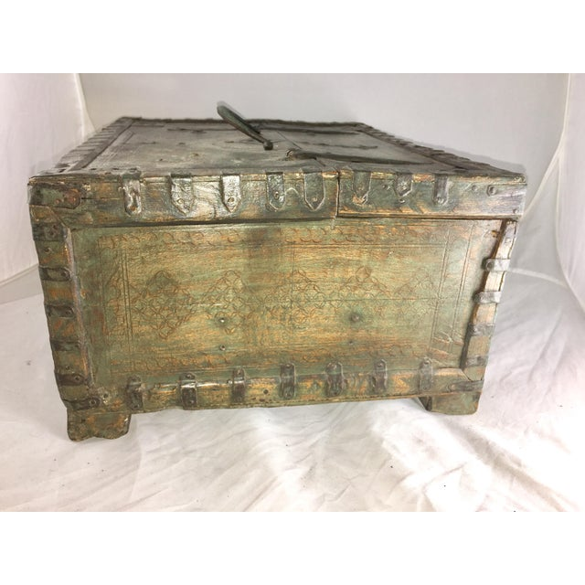 19 Century Oriental Cashbox For Sale In Los Angeles - Image 6 of 10