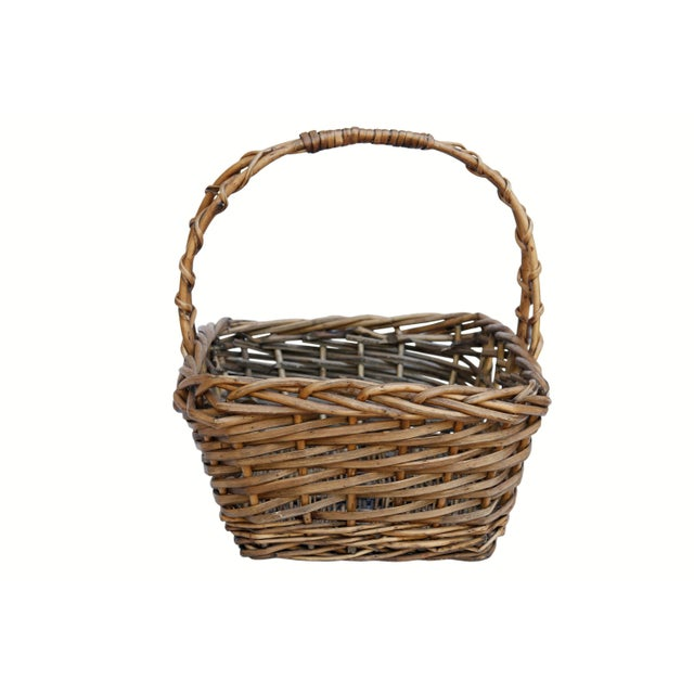 Farmhouse Vintage French Wicker Shopping Basket For Sale - Image 3 of 6