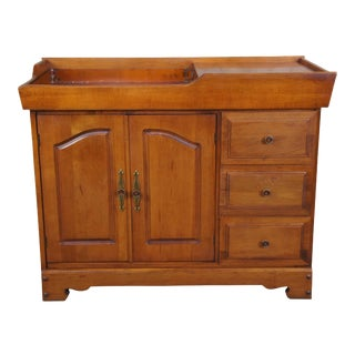 Primitive Early American Style Maple Country Cabinet Dry Sink Farmhouse Bar For Sale