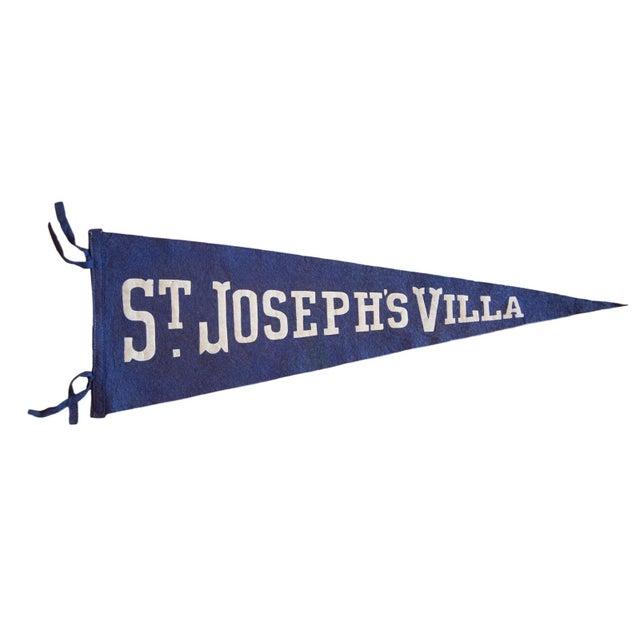 1940s St. Joseph's Villa Felt Flag For Sale - Image 4 of 4