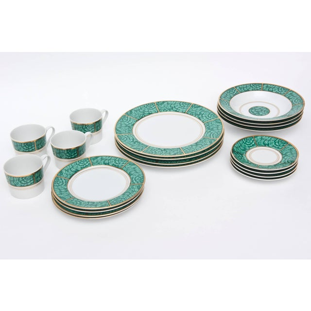 Georges Briard Imperial Malachite Porcelain China Service - Set of 16 For Sale - Image 10 of 10