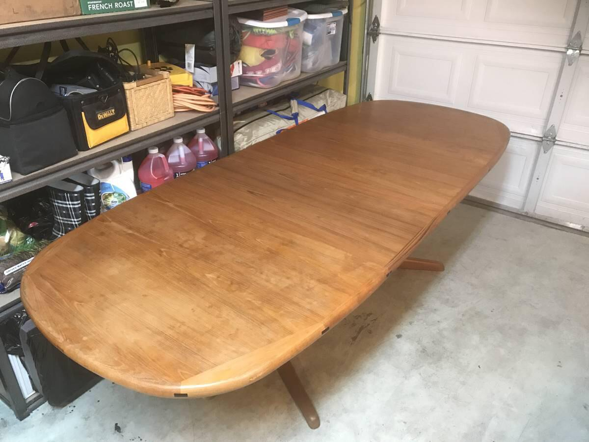 Benny Linden Table With 2 Leaves That Store Inside Of It. Table Is Very Well