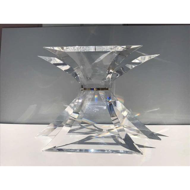 1970s Lion in Frost Lucite Dining Table For Sale In Los Angeles - Image 6 of 11