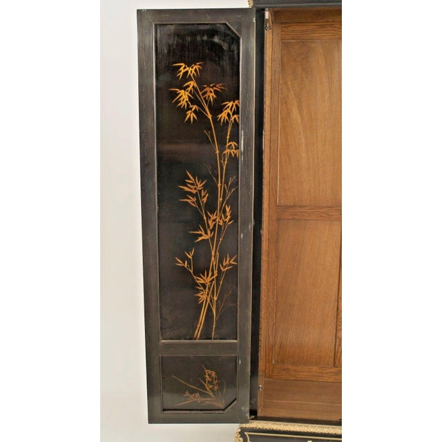 French Victorian Chinoiserie Decorated Armoire Cabinet For Sale - Image 4 of 11