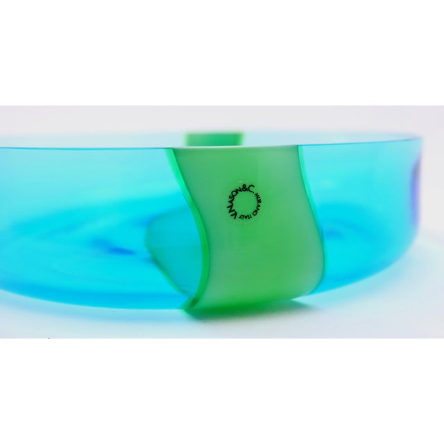 Offered for sale is a blue and green Murano glass bowl by V. Nason & Co. Vincenzo Nason established his glassworks,...