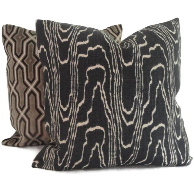 "Contemporary 20"" x 20"" Lee Jofa Groundworks Agate Pillow Cover For Sale - Image 3 of 3"