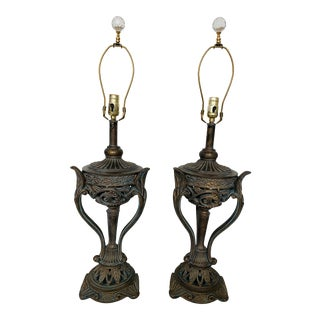 Vintage Rembrandt Lamp Co Neoclassical Table Lamps - a Pair For Sale