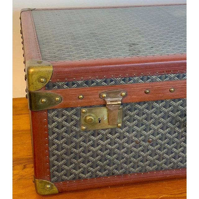 Canvas Vintage Goyard Hardcase Trunk on Iron Stand For Sale - Image 7 of 13