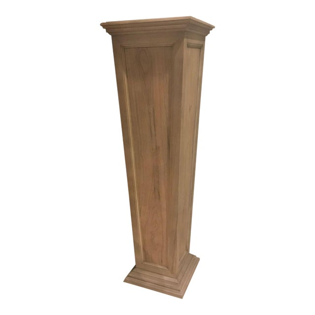 Henredon Larrabee Tapered Weathered Pedestal - Image 1 of 6