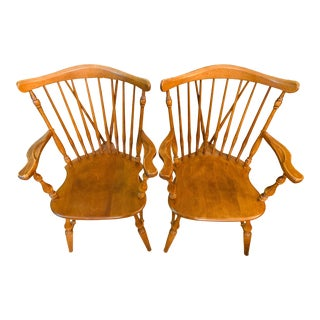 20th Century Ethan Allen Nutmeg Maple Heirloom Colonial Style Windsor Chairs-A Pair For Sale