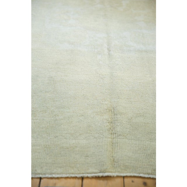 """1940s Distressed Oushak Rug - 4'6"""" X 8' For Sale - Image 5 of 13"""