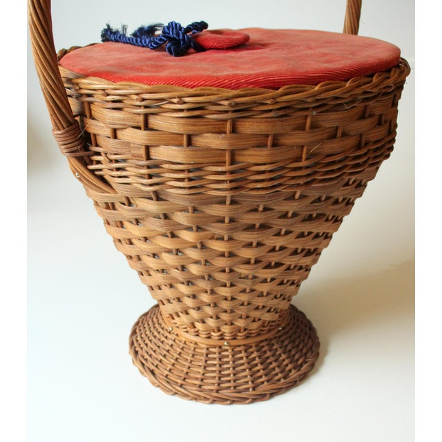 1970s Vintage Wicker Sewing Basket With Handle For Sale - Image 6 of 11