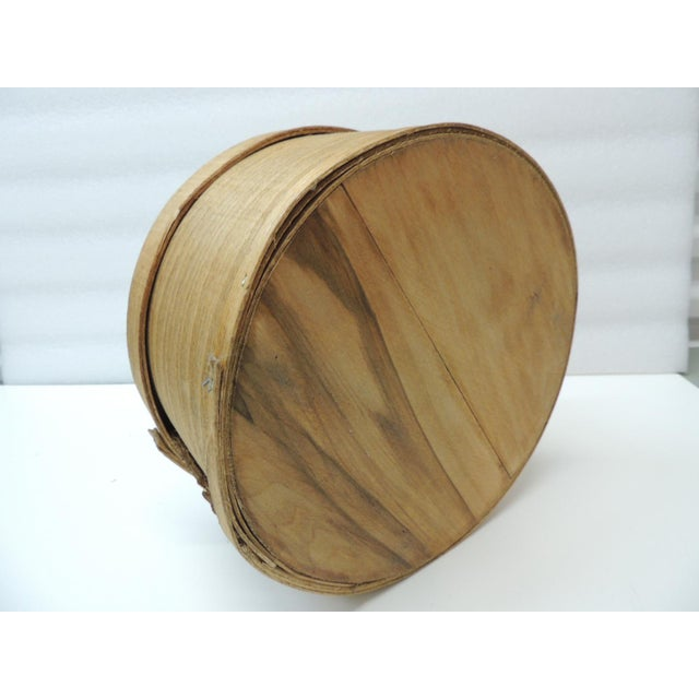1980s Large Rustic and Primitive Round Cheese Box For Sale - Image 5 of 6
