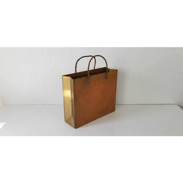 Mid-Century Modern Vintage Brass Shopping Bag Magazine Holder For Sale - Image 3 of 8