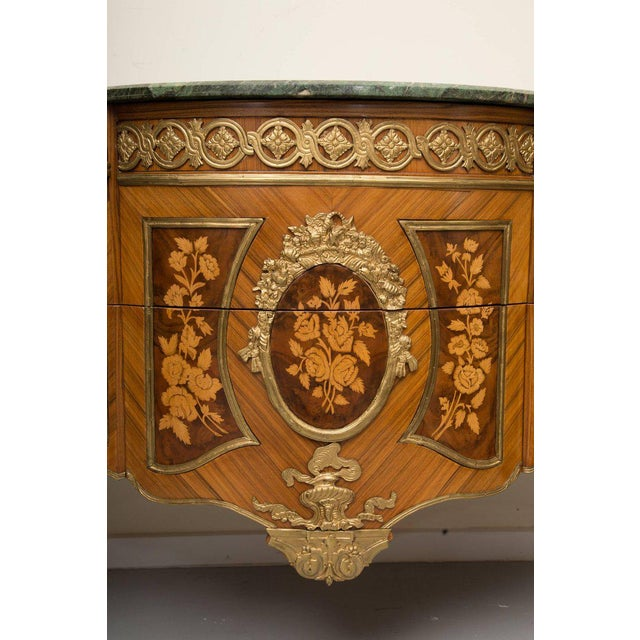 Gold Louis XVI Transitional Style Inlaid Commode For Sale - Image 8 of 9