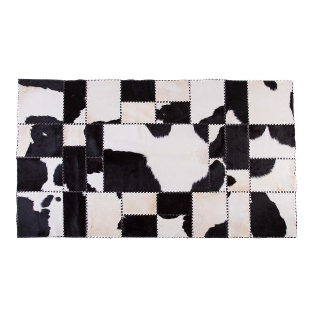 "Aydin Cowhide Patchwork Accent Area Rug - 4'7"" x 8'0"" For Sale"