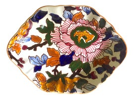 Image of Faience Serving Dishes and Pieces