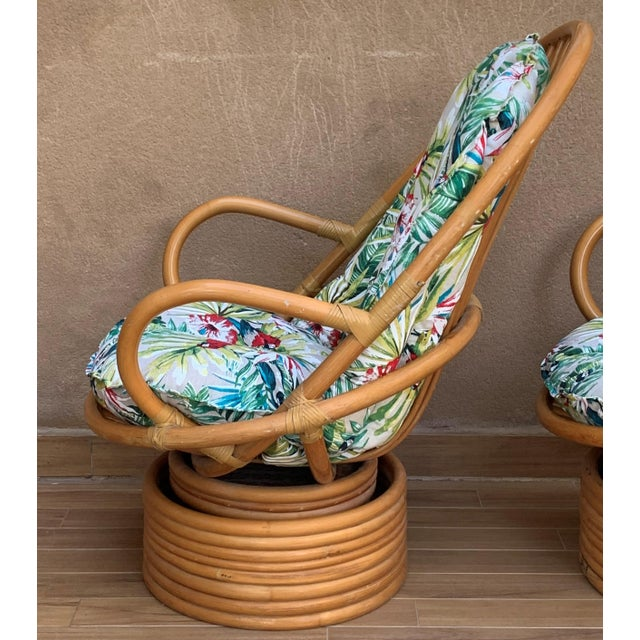 1950s Italian Mid-Century Modern Bamboo Pair of Lounge Rotative Armchairs With Cushion For Sale - Image 5 of 9