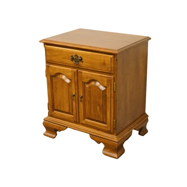 """Early American 20th Century Early American Ethan Allen Heirloom Nutmeg Maple 22"""" Cabinet Nightstand For Sale - Image 3 of 13"""