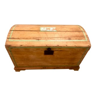 19th Century American Pine Dome Stenciled Trunk For Sale