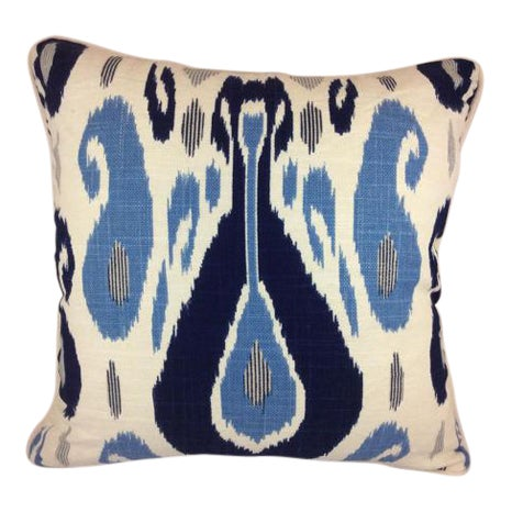 Duralee Pillow in John Robshaw Fazil in Blue Pillows - a Pair For Sale In Atlanta - Image 6 of 6