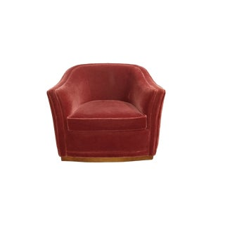 1980s Vintage Jack Cartwright Luxor Red Velvet Barrel Club Swivel Chair For Sale