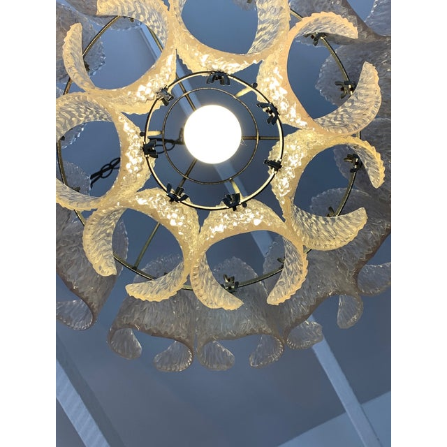 Mid-Century Modern Mid Century Modern Lucite Chandelier With Layered Petals For Sale - Image 3 of 7